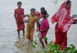 Water Gives New Life to a Slum in Bangladesh